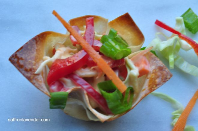 salad in wonton wrapper 2